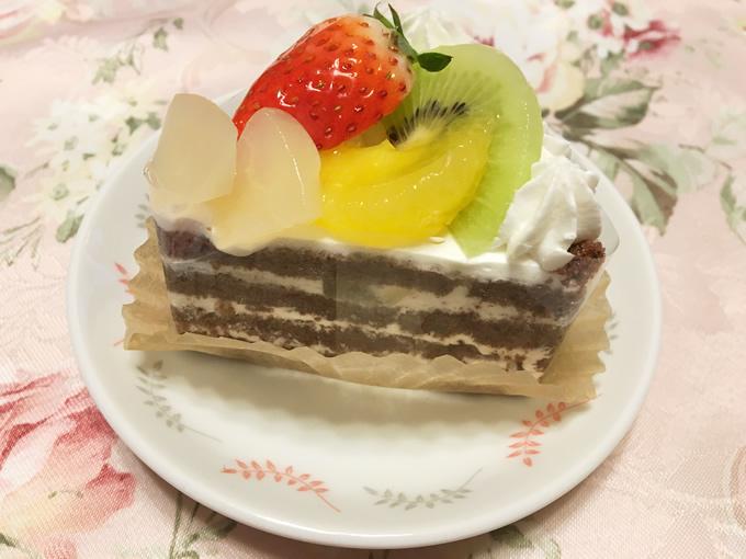熊野町「ふくえどぅ」の果実のショートケーキ
